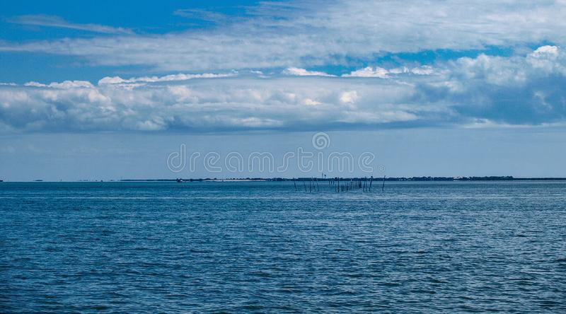 Vista do Hatteras ? balsa de Ocracoke fotos de stock royalty free