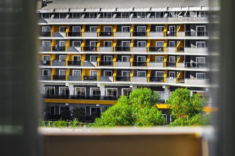 Vista do hotel do balcão foto de stock royalty free
