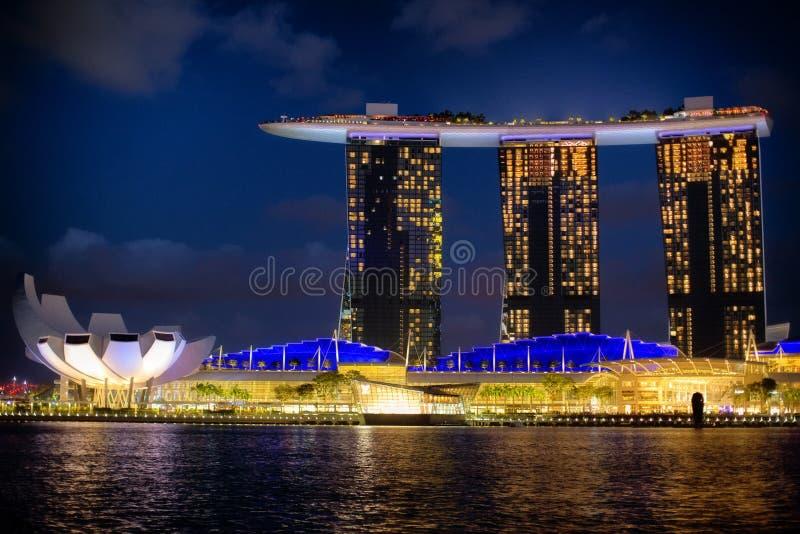 Vista do hotel Marina Bay Sands fotos de stock