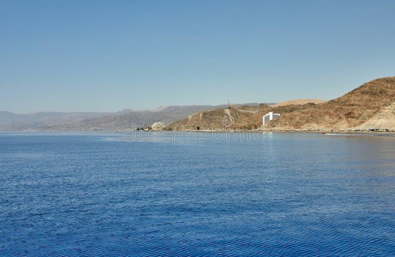 Vista do iate luxuoso ao Mar Vermelho Hotéis para turistas, barcos e iate por um feriado foto de stock
