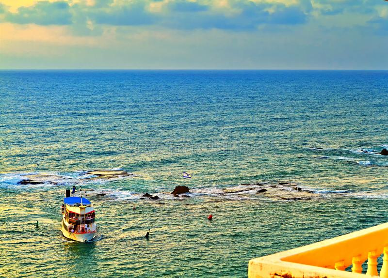 Vista do Jaffa velho ao mar Mediterrâneo imagens de stock royalty free