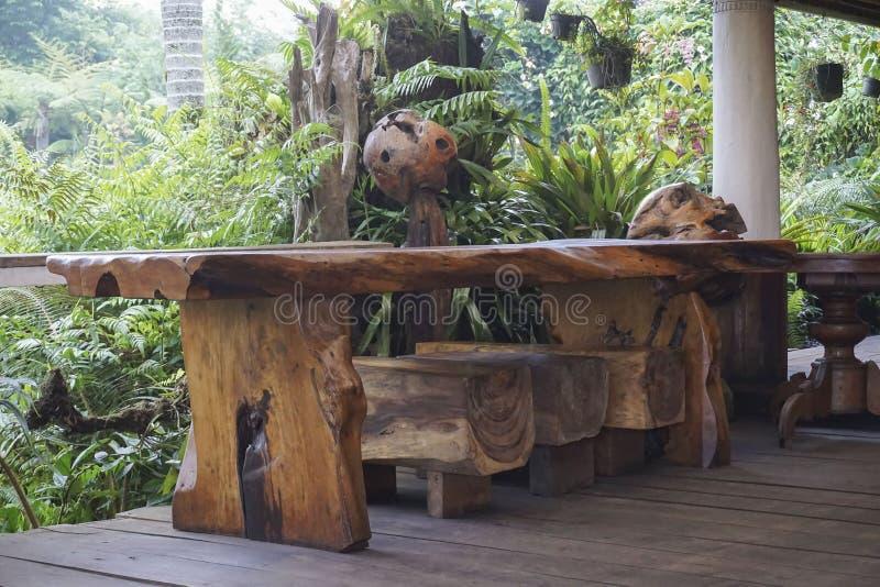 Vista do jardim verde em Bali fotos de stock royalty free