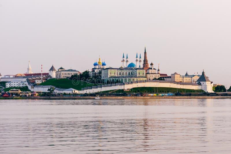 Vista do Kremlin de Kazan imagem de stock