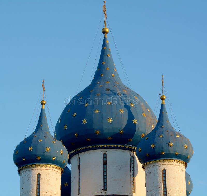 Vista do Kremlin de Suzdal fotografia de stock royalty free