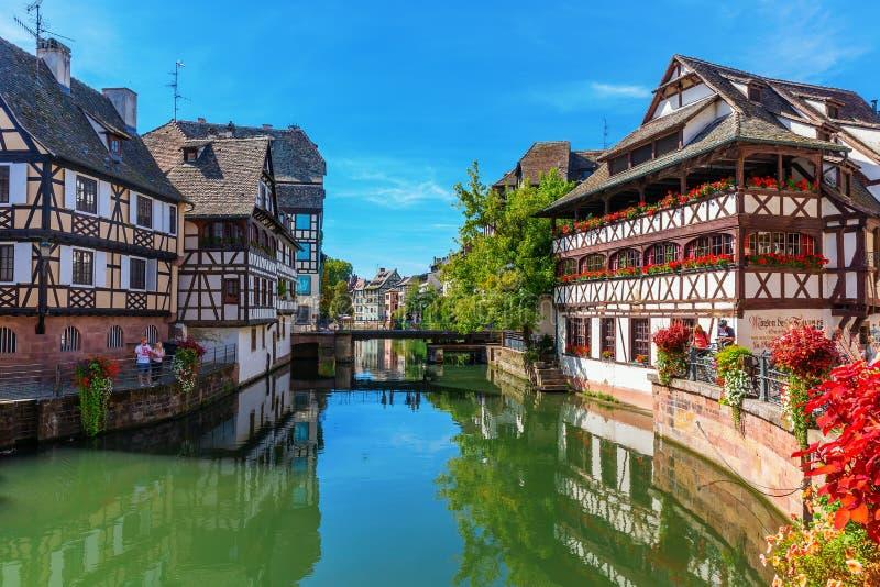 Vista do La de um quarto Petite France em Strasbourg, França imagem de stock royalty free