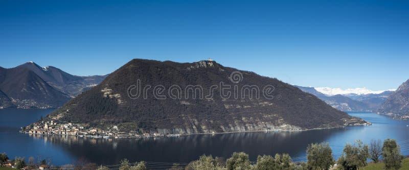 Vista do lago Iseo fotografia de stock