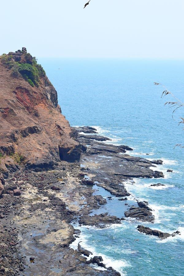 Vista do mar árabe do forte de Ratnadurg, Ratnagiri, Maharashtra, Índia fotografia de stock
