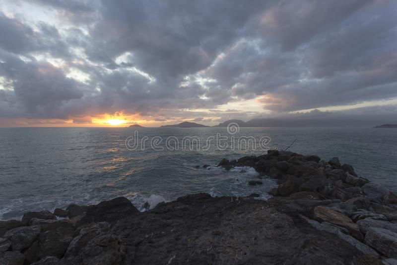 Vista do mar de Tellaro fotos de stock royalty free