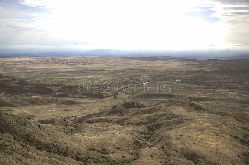 Vista do monastério Udabno A municipalidade de Sagarejo, o cume de Gareji imagem de stock