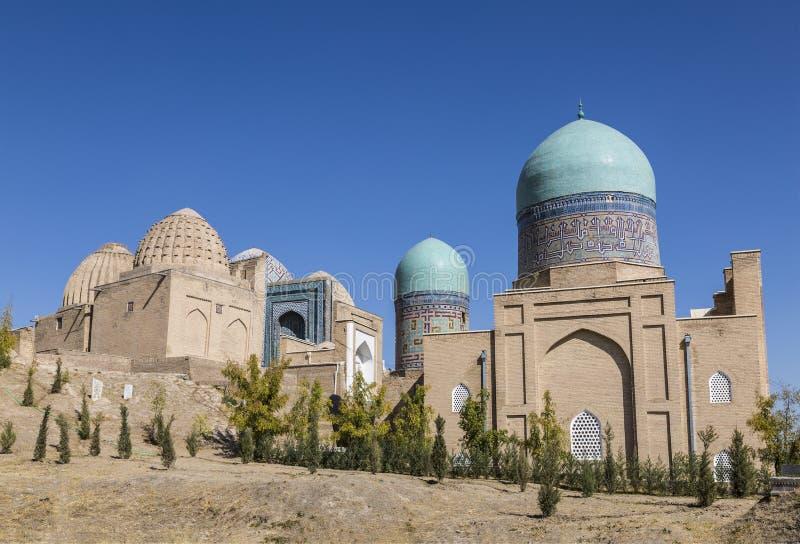 Vista do monumento da arquitetura medieval Shahi Zinda-ensemble de mausoleums Karakhanid e da nobreza Timurid Samarkand, imagem de stock