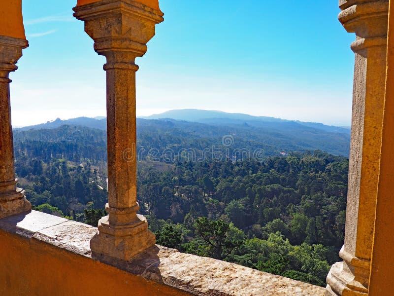 Download Vista Do Palácio De Pena, Sintra, Portugal Foto de Stock - Imagem de detalhes, curso: 80101312