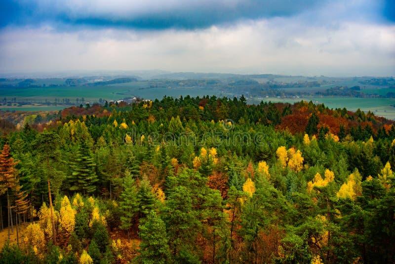 Vista do paraíso checo ou boêmio cesky do raj - - Boêmia - república checa imagem de stock royalty free