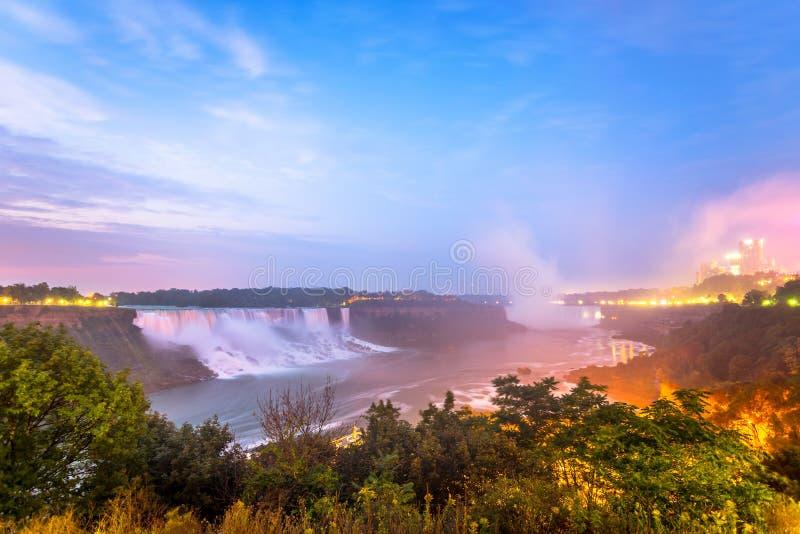 Download Vista Do Parque De Niagara Falls Imagem de Stock - Imagem de cachoeiras, maravilha: 65578681