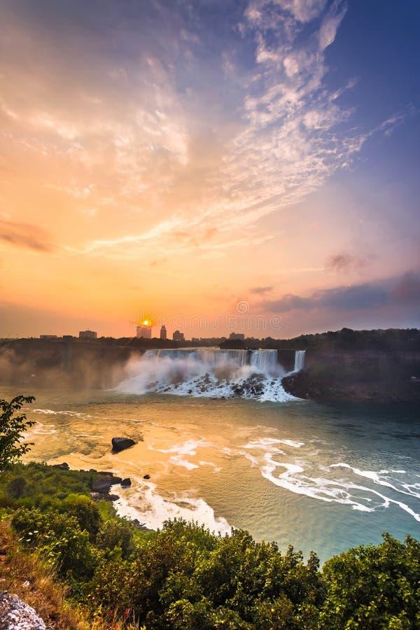 Download Vista Do Parque De Niagara Falls Imagem de Stock - Imagem de vista, manhã: 65578711