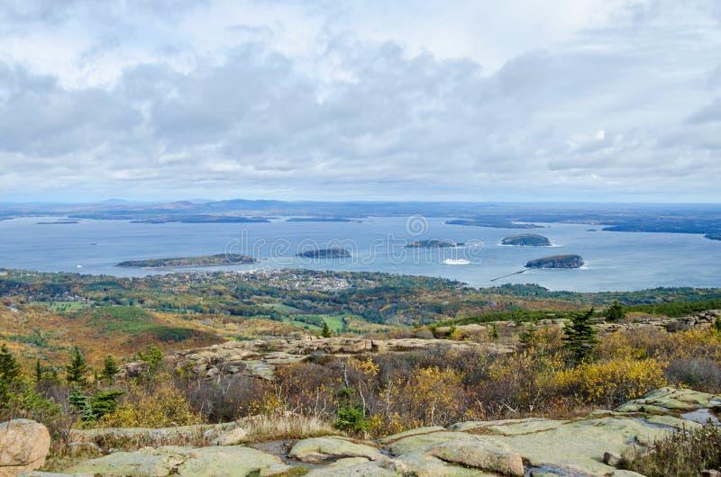 Vista do parque nacional do Acadia da montanha de Cadillac no outono foto de stock