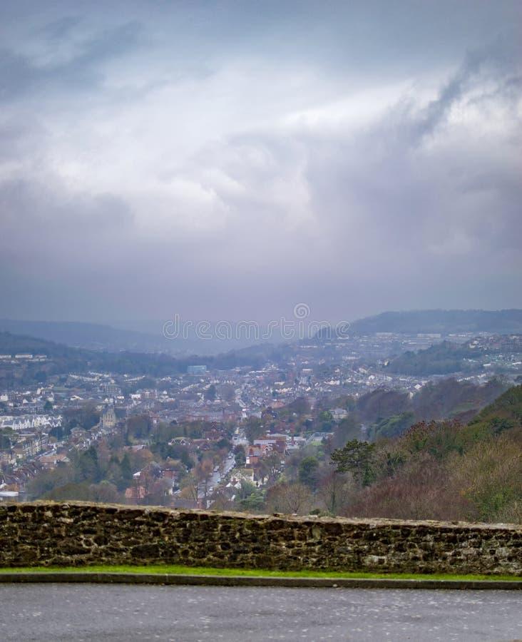 A vista do porto de D?var do castelo no monte fotografia de stock royalty free