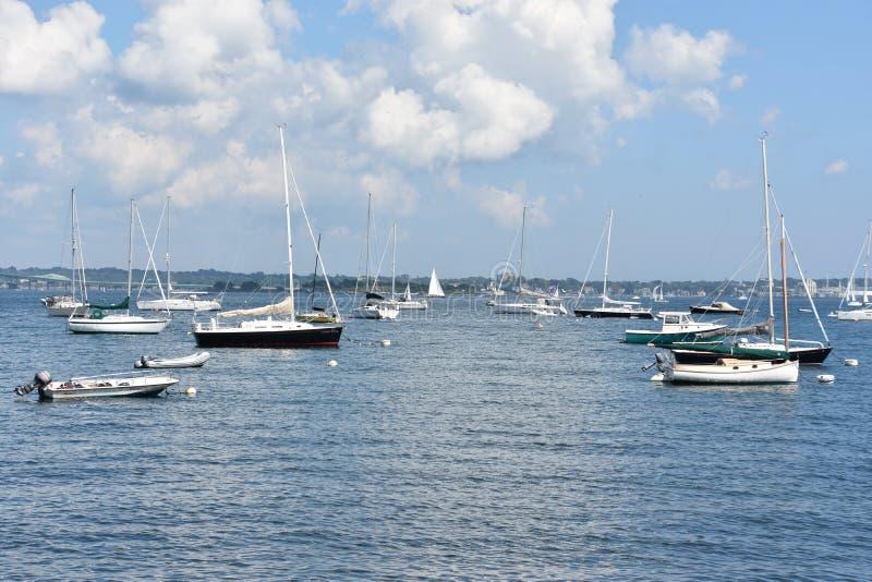 Vista do porto de Jamestown, Rhode - ilha imagem de stock royalty free