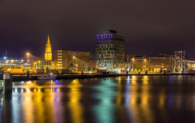 Vista do porto de Kiel - Alemanha foto de stock