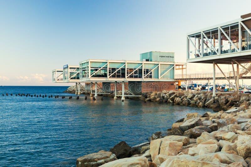 Vista do porto velho de Limassol no por do sol imagem de stock royalty free