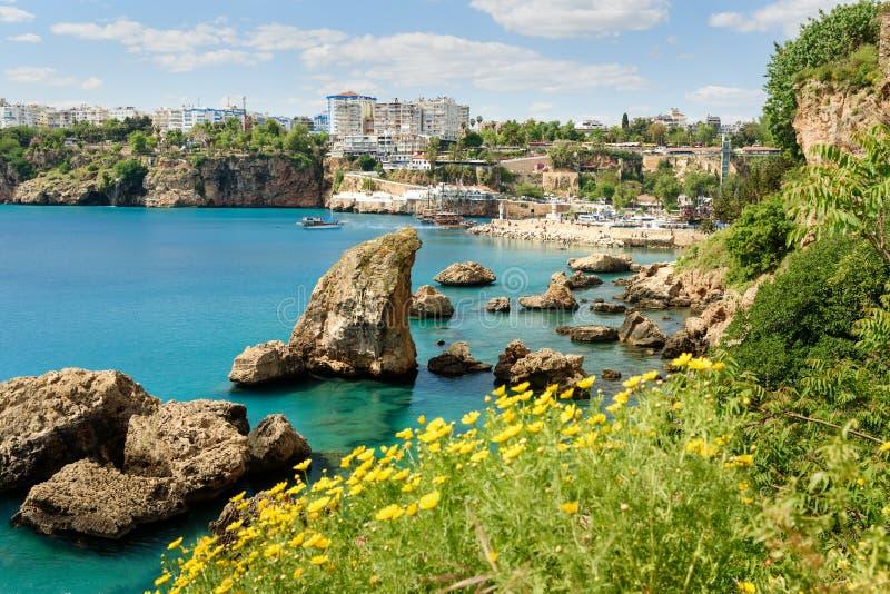 Vista do porto velho em Antalya Turquia imagem de stock