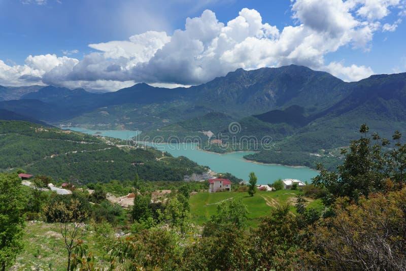 Vista do reservatório não ofuscante de Cayi imagens de stock royalty free