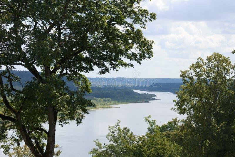 Vista do rio da montanha fotografia de stock royalty free