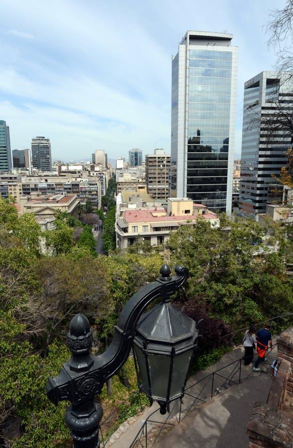 Vista do Santiago da montagem Santa Lucia fotos de stock