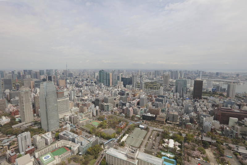A vista do Tóquio na torre do Tóquio imagens de stock royalty free