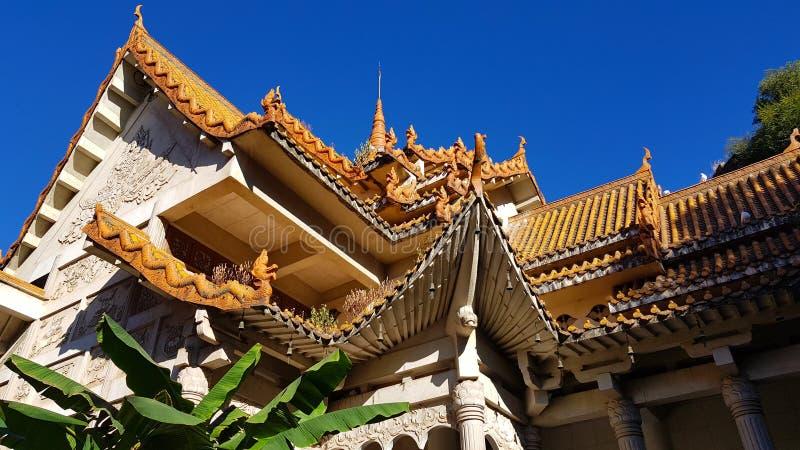 Vista do templo budista de Yuantong em Kunming, Yunnan, China fotos de stock royalty free