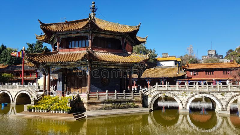 Vista do templo budista de Yuantong em Kunming, Yunnan, China fotografia de stock royalty free