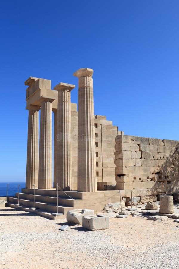 Vista do templo Doric de Athena Lindia imagem de stock