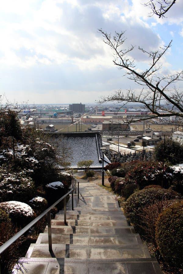 A vista do templo em torno da estação de Hizen-Yamaguchi, Japão imagem de stock royalty free