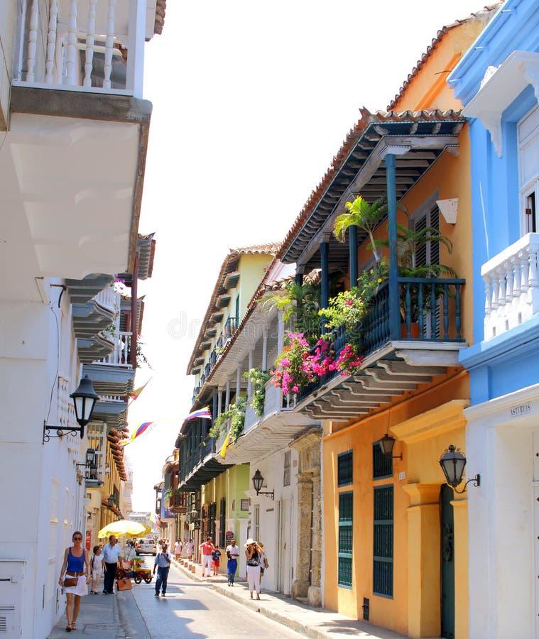 Vista dos balcões em Cartagena, Colômbia fotografia de stock royalty free