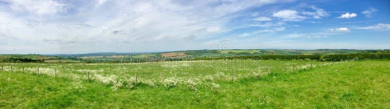 Vista dos montes de Cotswold imagem de stock