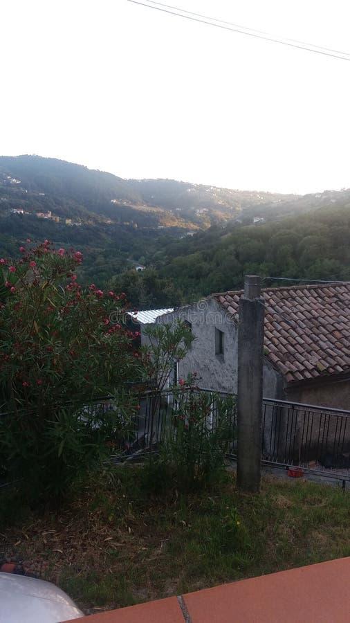 Vista dos montes de Italia sul imagem de stock