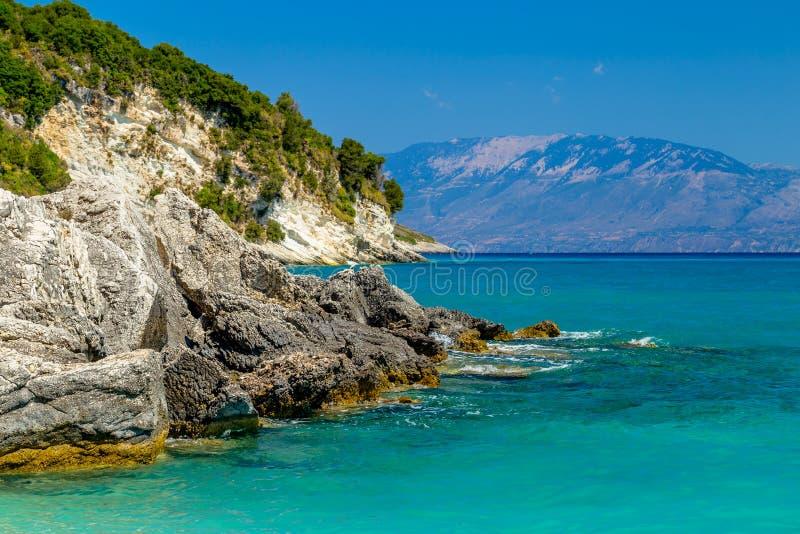 Vista dos penhascos do mar de Zakynthos foto de stock