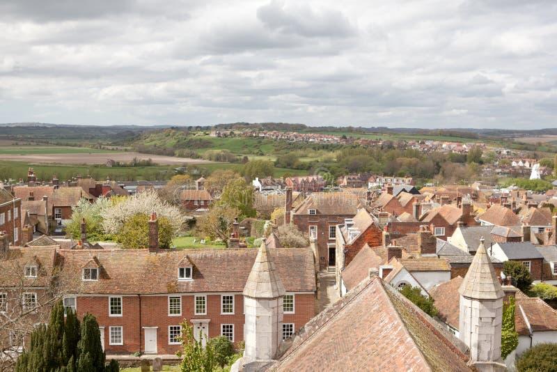 Vista dos telhados da cidade histórica de Cinque Port de Rye foto de stock