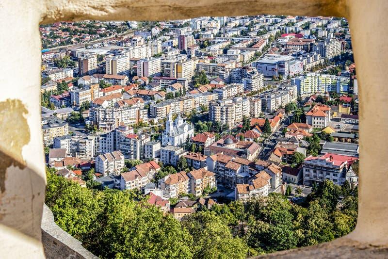 Vista elevata della città, Deva, Romania fotografia stock