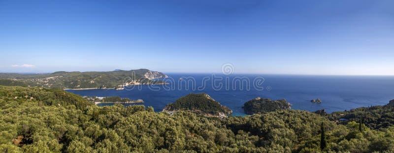 Vista em Paleokastritsa, Corfu fotografia de stock royalty free