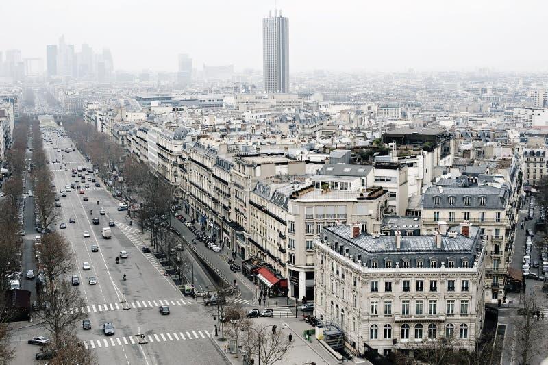 Vista em Paris, campeões Elysees de Les fotografia de stock royalty free