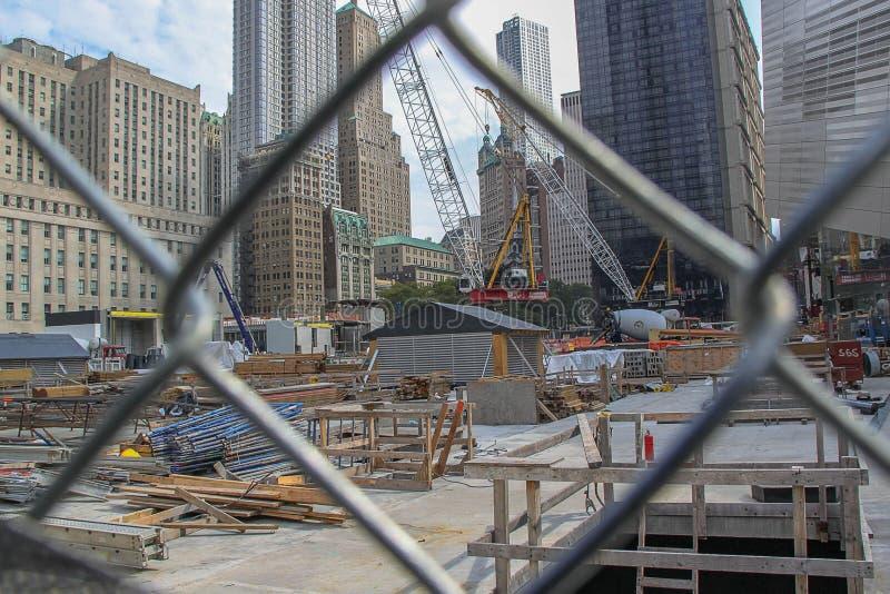 Vista em um lugar do constraction de 9/11 de memorial 09 26 2012 New York fotos de stock