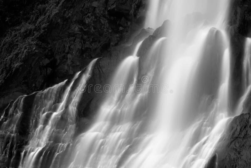 Vista enmascarada dramática de la cascada imagen de archivo libre de regalías