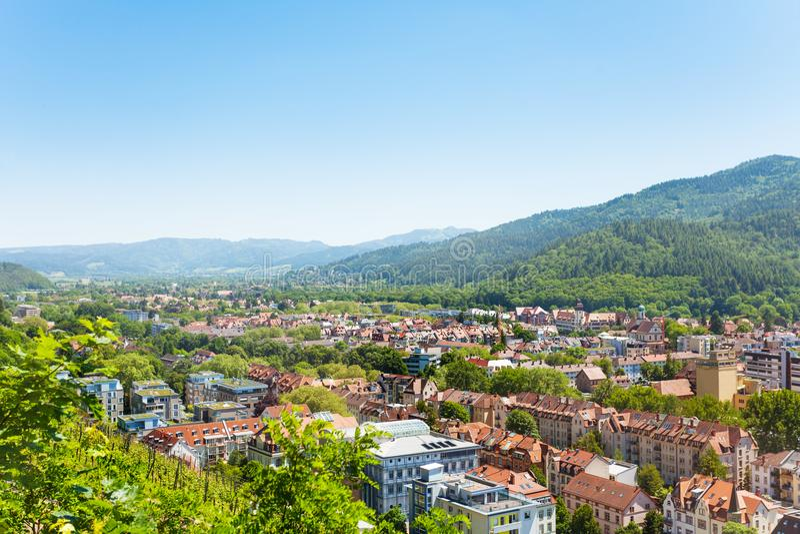 Vista escénica de Freiburg-im-Breisgau en Alemania imagen de archivo