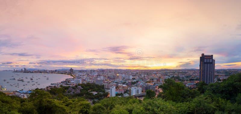 Vista escénica de la ciudad de Pattaya imagen de archivo libre de regalías