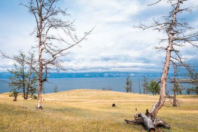 Vista escénica de las orillas del lago Baikal fotos de archivo libres de regalías