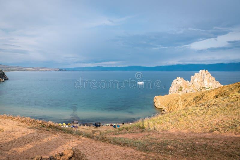 Vista escénica de las orillas del lago Baikal fotografía de archivo libre de regalías