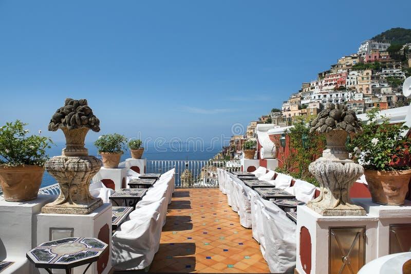 Vista escénica de Positano, costa de Amalfi, región del Campania en Italia fotos de archivo
