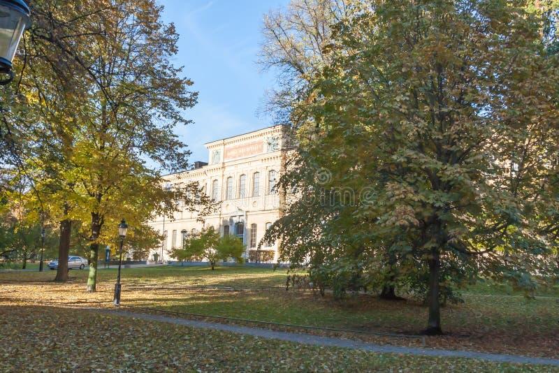 Vista escénica de un parque en Estocolmo imagenes de archivo