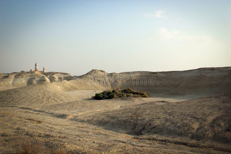 Vista escénica del desierto, lugares byblical cerca del río Jordán, Jordania foto de archivo