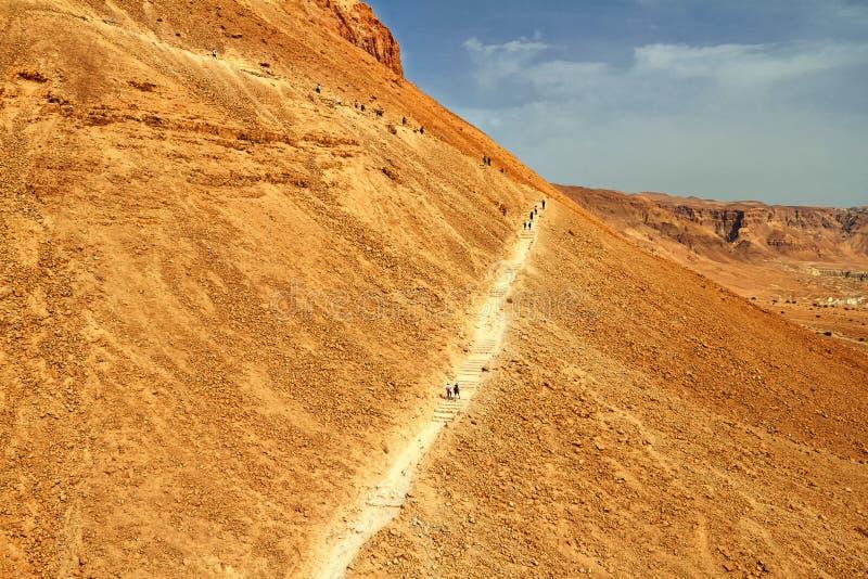 Vista esc?nica del soporte de Masada en el desierto de Judean fotos de archivo libres de regalías